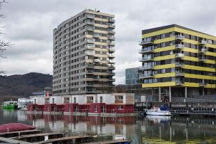 Augen zu und durch - <strong>Oberes Preissegment</strong><br /> Hochhäuser trugen bisher nicht zur Ausweitung des Angebots an leistbaren Wohnungen in Linz bei. - © Reinhard Seiß