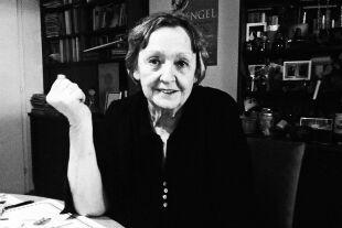 """Lene Mayer-Skumanz_Porträt - Am 7. November 1939 in Wien geboren, studierte sie Germanistik und Altphilologie. Sie arbeitete als Lehrerin und Redakteurin der Kinderzeitschrift """"Weite Welt"""". Seit 1965 ist sie als freie Schriftstellerin tätig. - © Georg Huemer"""