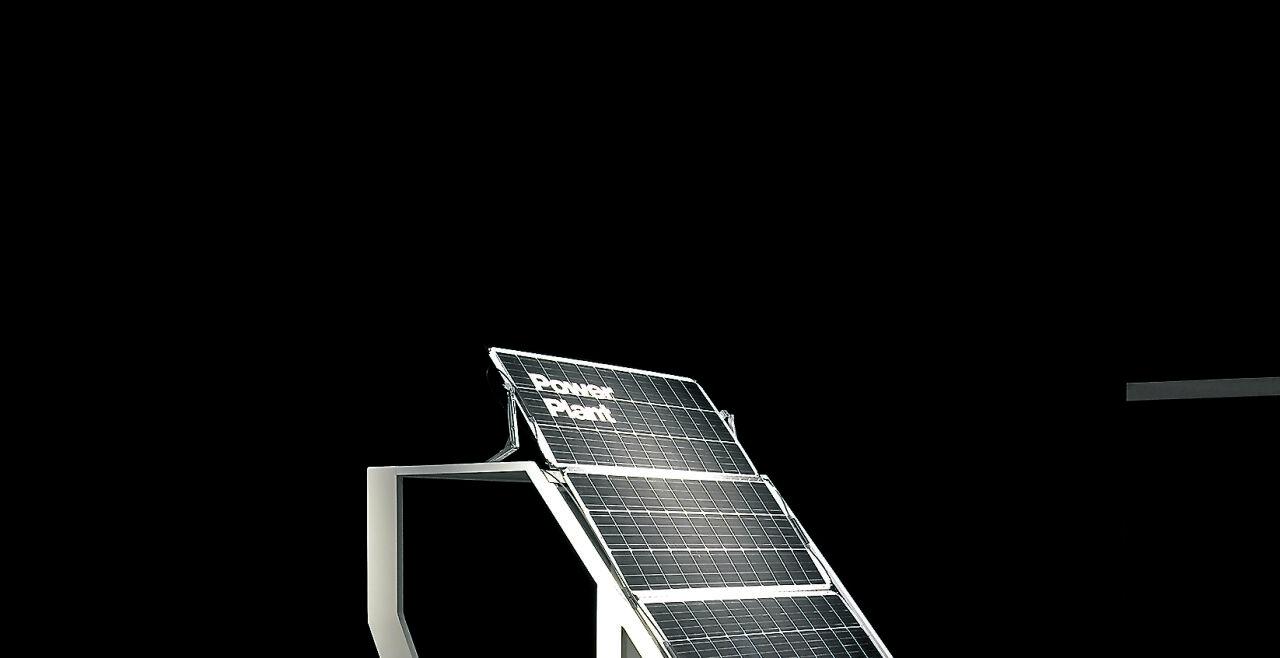 """""""Social Vehicle"""" (SOV) - SOV ist ein leichtes Elektrofahrzeug, das mit einer """"Open Design""""-Lizenz in lokalen Werkstätten gebaut, verbessert und repariert werden kann (""""Klimawandel!"""", MAK Wien). - © EOOS Foto: Vienna Biennale"""