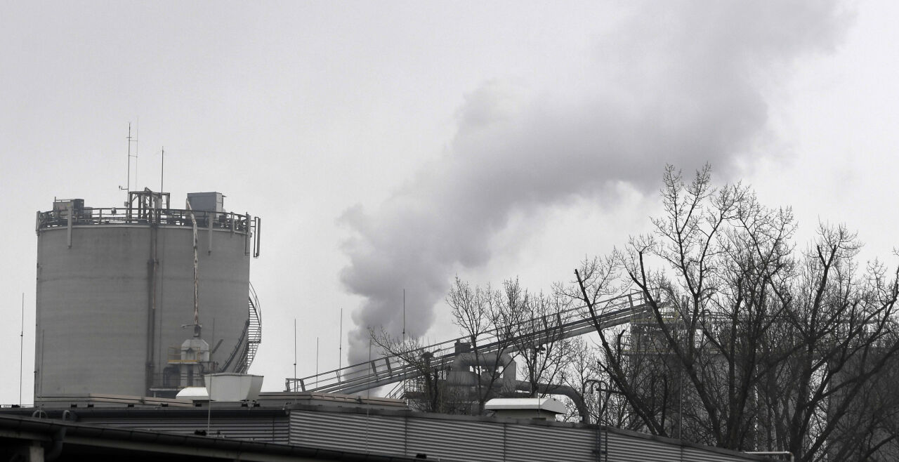 """Österreichs Green Deal  - """"Ein gutes Drittel der österreichischen Treibhausgasemissionen sind davon abhängig, ob es gelingt, im Bereich der Sachgüterproduktion Industrie und Gewerbe neu zu positionieren."""" (Stefan Schleicher) - © Foto: APA / Helmut Fohringer"""