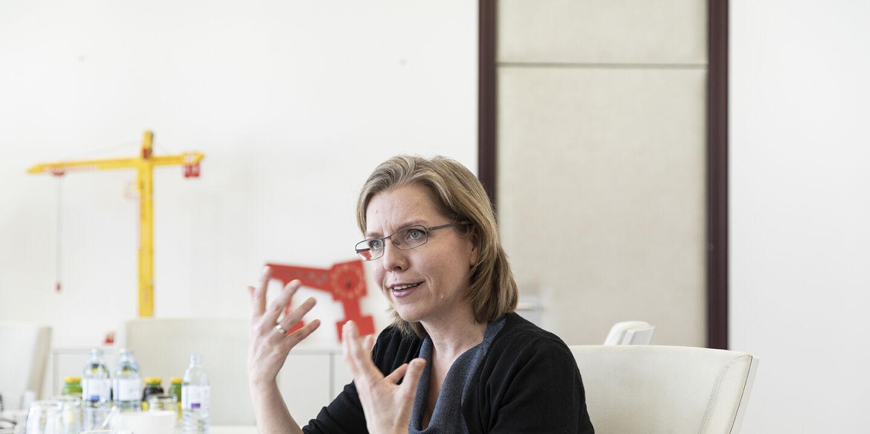 Leonore Gewessler - © Foto: Carolina Frank