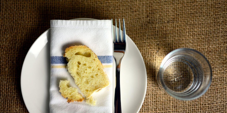 Fasten: Brot und Wasser - © Pixabay