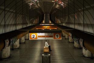 Prag im Lockdown - Tomáš Sedláčeks Heimatstadt macht seltene Einsamkeitserfahrungen. Und könnte daraus sogar ein wenig mehr Selbstgefühl entwickeln, meint der Ökonom. - © Foto: APA / AFP / Michal Cizek