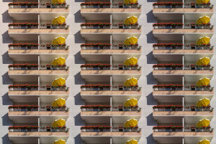 Balkone - © Foto: iStock/ArminStautBerlin