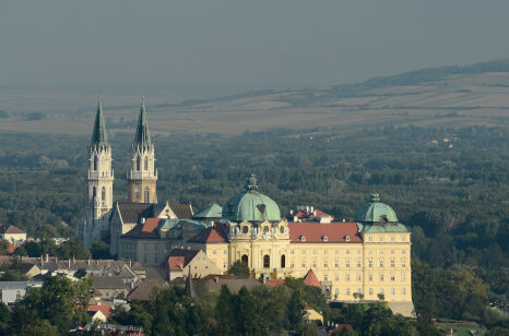 Stift Klosterneuburg - © Michael Zechany
