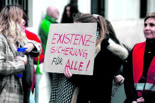 Existenzsicherung für alle - © Foto: picturedesk.com / Franz Gruber / KURIER Im Bild: Test Test