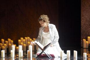 "Olga Bezsmertna als Desdemona im neuen ""Otello"" - Olga Bezsmertna als Desdemona im neuen ""Otello"" - © Foto: Wiener Staatsoper GmbH / Michael Pöhn"