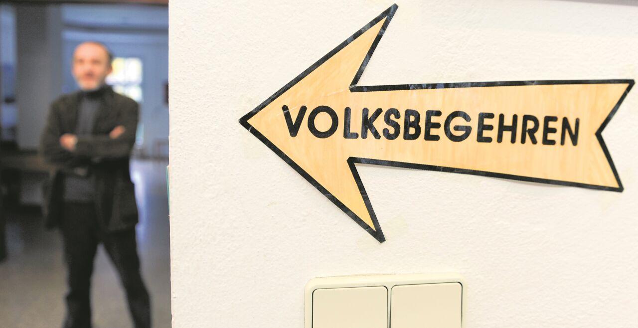 Volksbegehren - © Foto: APA / Jaeger (1), Pfarrhofer (1)