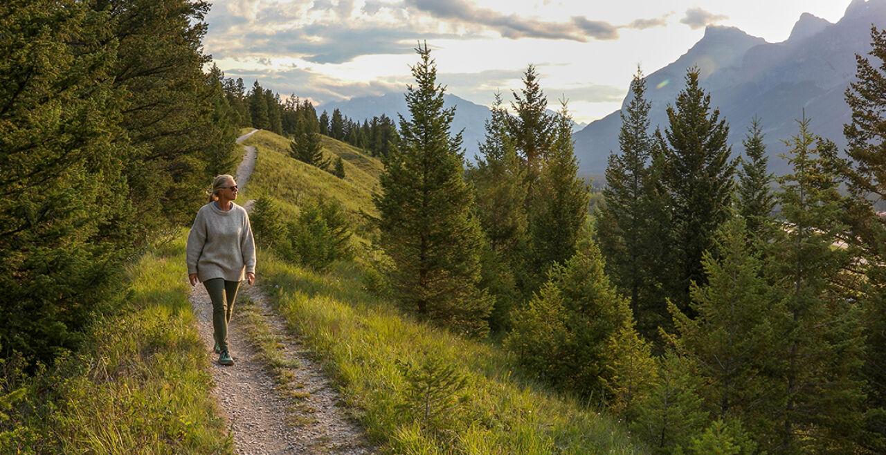 Empathie zwischen Mensch und Natur - © Foto: iStock/AscentXmedia