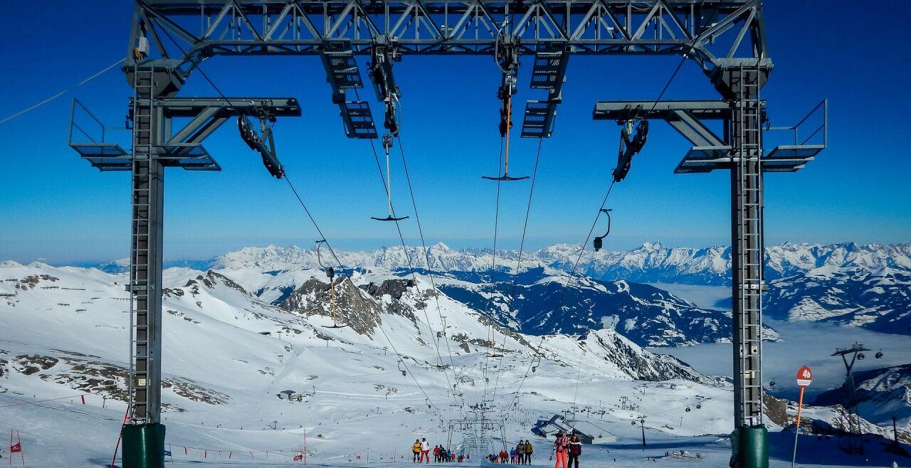 Kitzsteinhorn Skifahren - © Pixabay/liggraphy