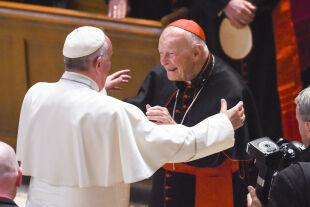 pope mccarrick - © APA / AFP Photo / Pool / Jonathan Newton - PApst Franziskus trifft Kardinal Theordore McCarrick 2015 in Washington