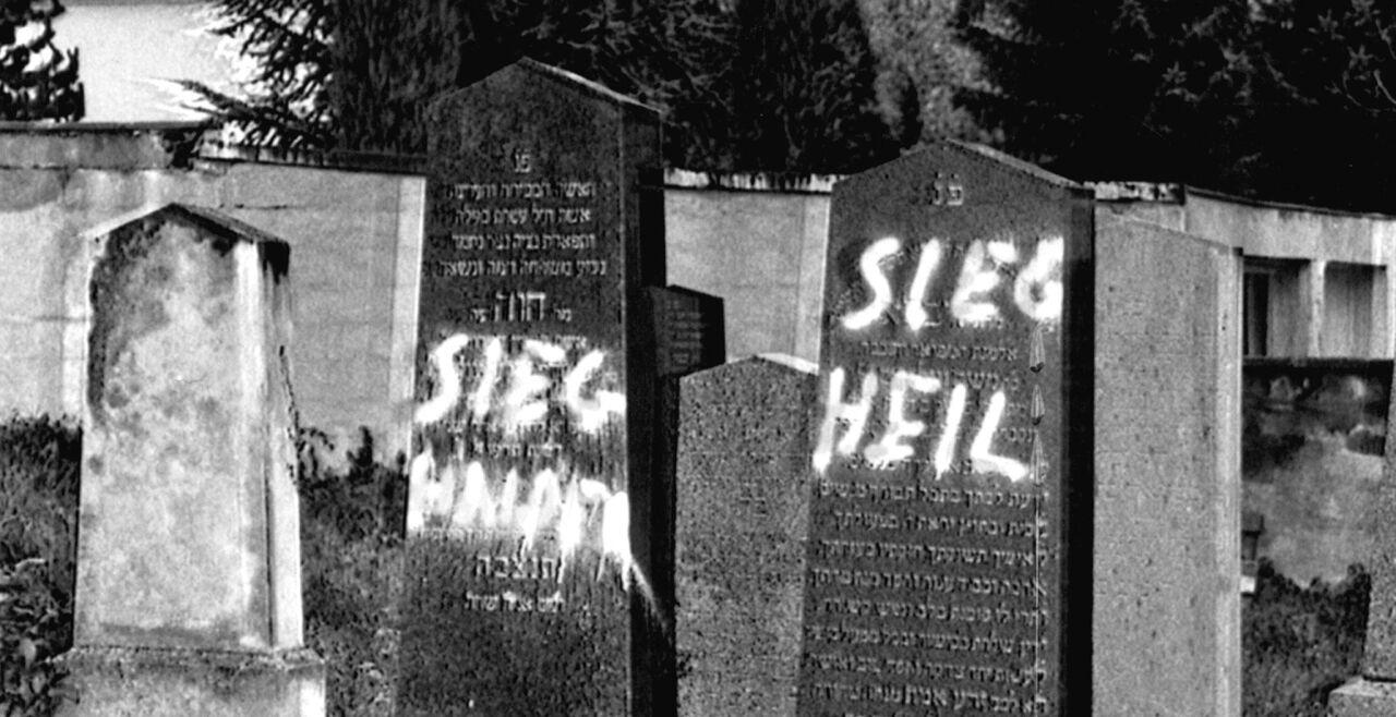 Friedhofsschändung - © APA