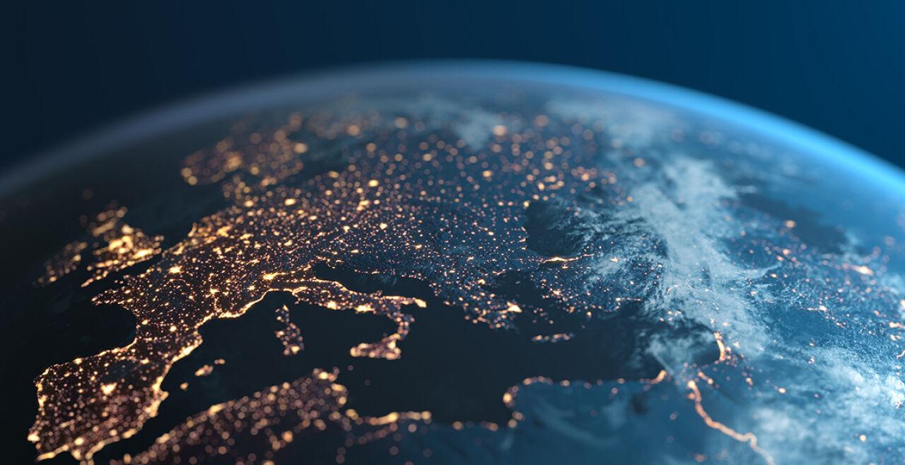 Europa Karte Licht - © iStock/DKosig