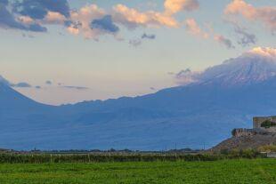 Wirap - ©  imago-images / robertharding  -  Kloster Wirap mit Berg Ararat