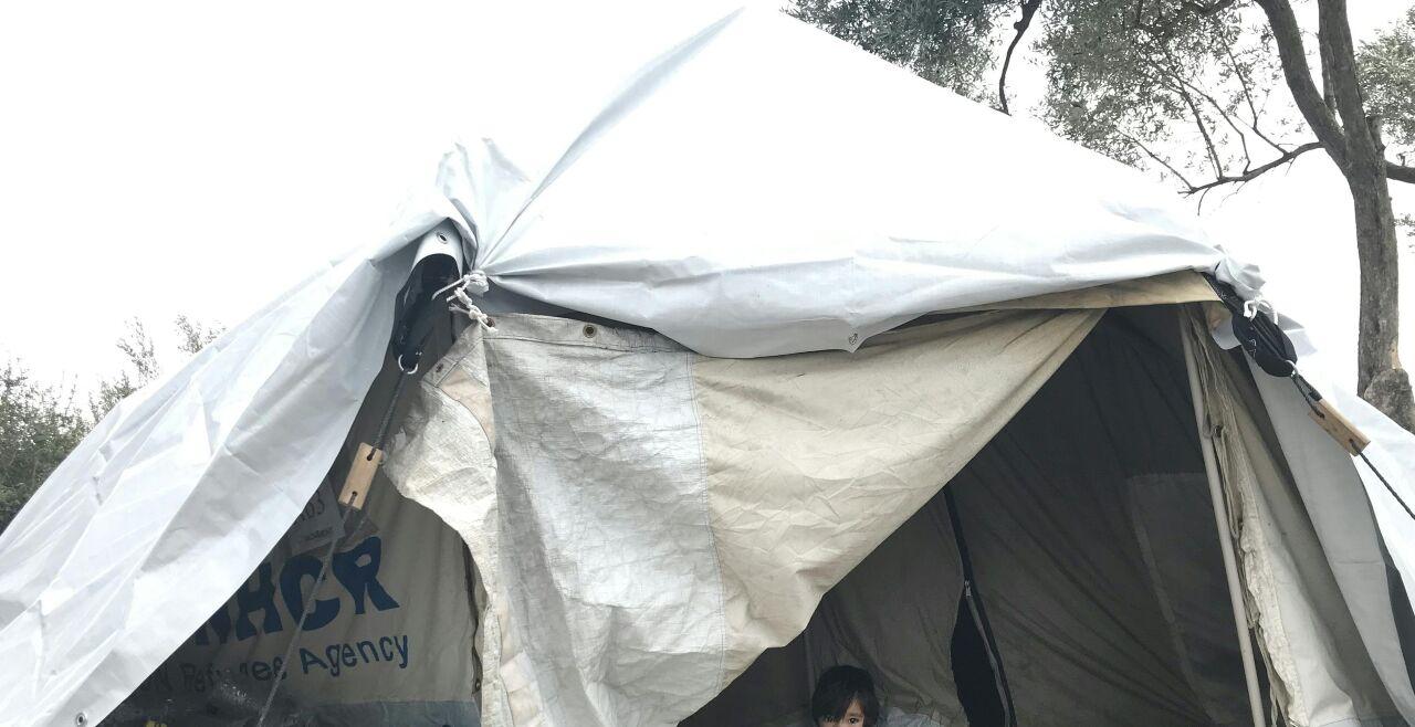 Moria - Das Lager Moria im März 2020. - © FOTO: APA/TINA SCHWAHA
