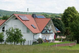 Haus - Hessen, WolfhagenIstha: Außenansicht des Wohnhauses des ermordeten Kasseler Regierungspräsidenten Walter Lübcke (CDU). - © Foto: Bildnachweis