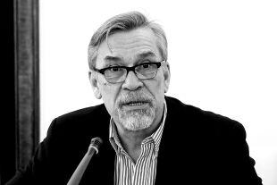 Zakowski - © Wikipedia / Kancelaria Senatu Rzeczypospolitej Polskiej  (cc by-sa 3.0 pl)