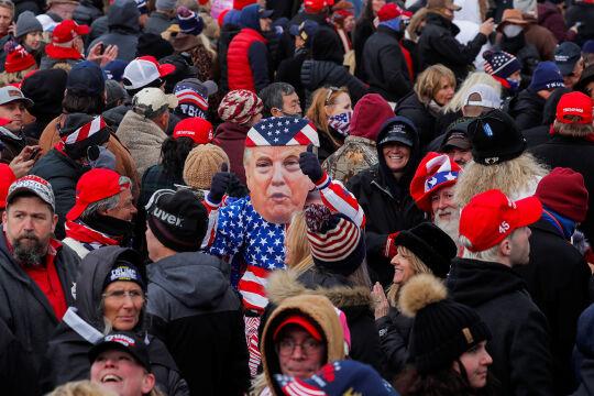Trumpisten - © Foto: picturedesk.com / Reuters / Jim Bourg