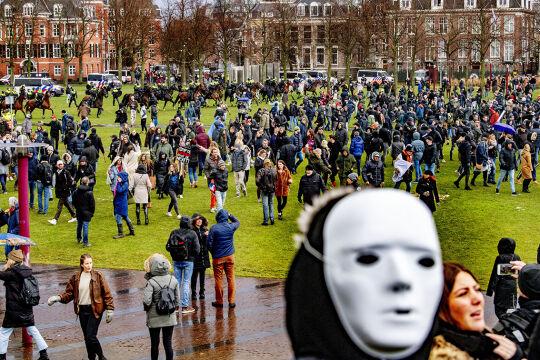Demo - © Foto: picturedesk.com / Action Press / Robin Utrecht