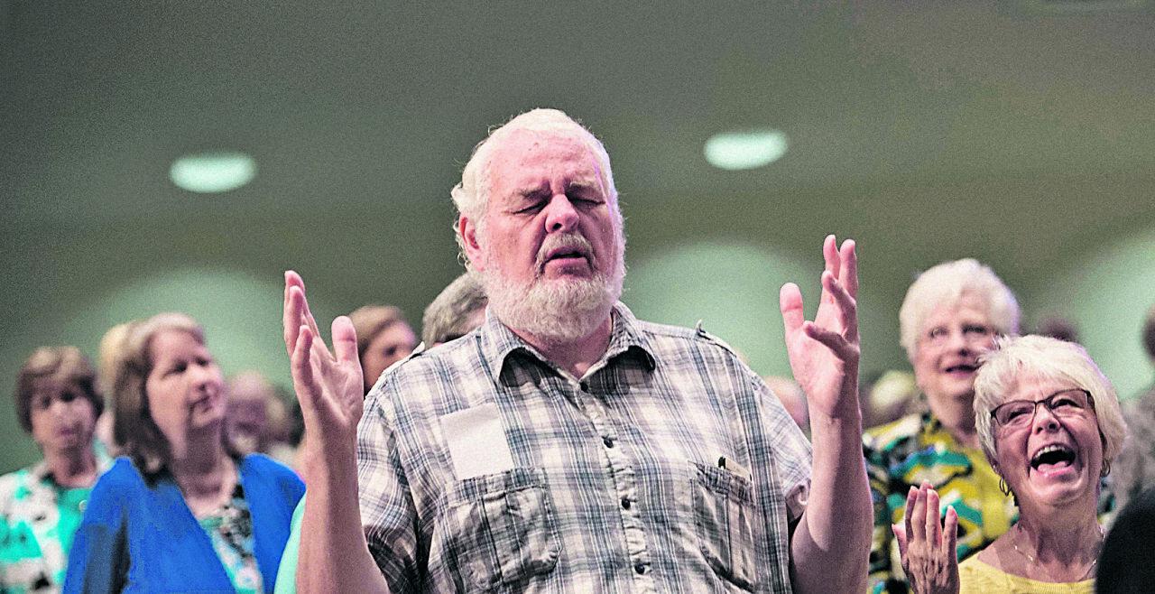 Erwecktes Christentum - Evangelikale Christen beim Sonntagsgottesdienst in der First Baptist North Church in Spartanburg, South Carolina.