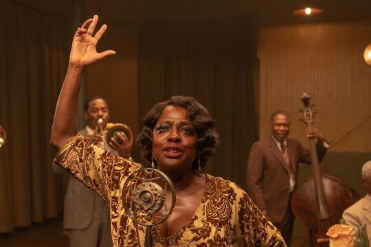 ma rainey - © Netflix  -  Chadwick Boseman (li.), Viola Davis (Mi.)