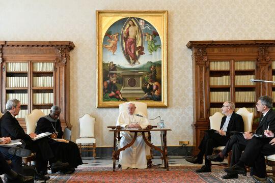 Papst und Synodalität - © Foto: APA / AFP / Vatican Media / Handout