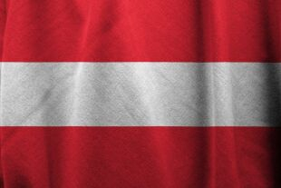 Österreich Flagge - © Bild von Pete Linforth auf Pixabay