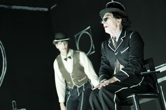 Endspiel - © Foto: © Nikolaus Ostermann / Volkstheater