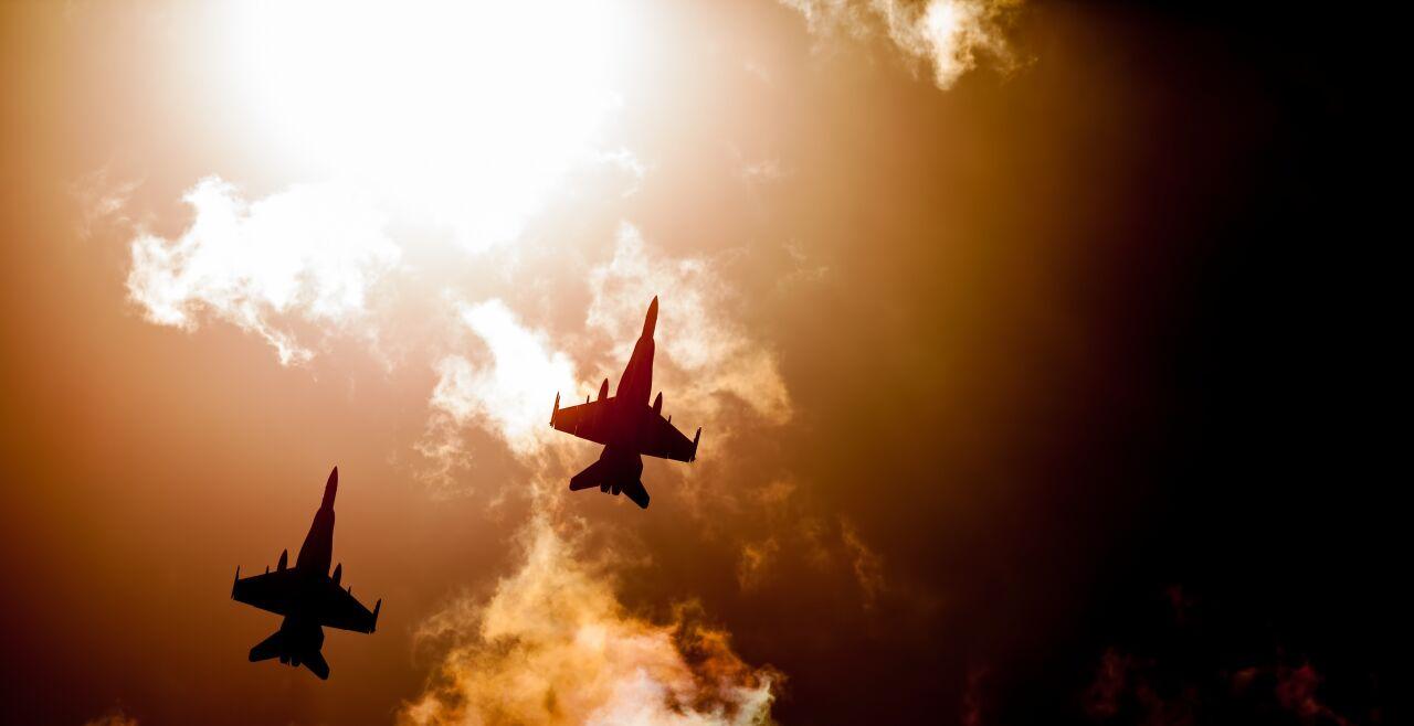 Kampfjets - © Robert Waghorn / Pixabay